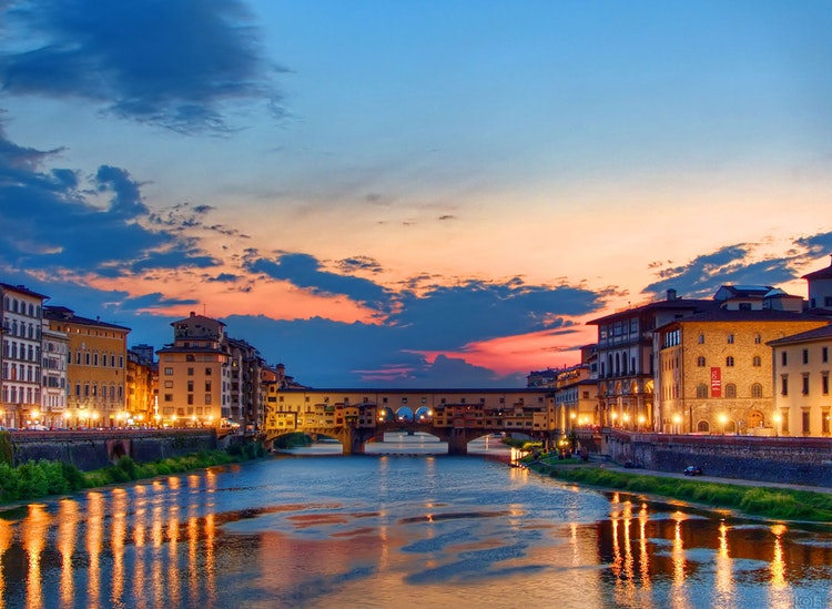 Romantic Vacations in Tuscany: Sunsets & Romance